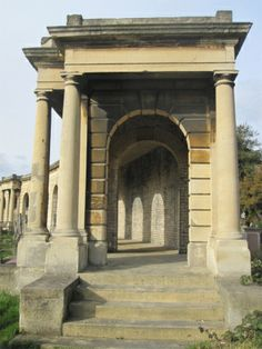 MAKING THE MARROW - Photos and History - A walk through London's Brompton Cemetery