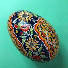Ukrainian Easter Eggs, Egg Designs, Egg Art, Egg Decorating, Gourds, Three Dimensional, Turkey, Chicken, Crafts