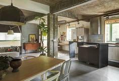 Casinha colorida: Um loft sustentável com ares tropicais
