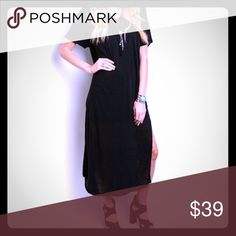 JUST ARRIVEDBlack Linen Maxi This dress is sure to be a Summer fave. Dress features a pocket on the chest. 100% linen. Dresses Maxi