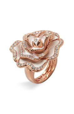 Cocktail Ring. Love rose gold so much.