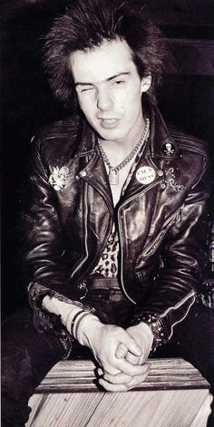 Necklace, Pins - Sid Vicious