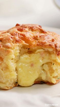 Tasty Videos, Food Videos, Mexican Food Recipes, Vegetarian Recipes, Diy Food, Buttery Biscuits, Easy Biscuits, Love Food, Appetizer Recipes