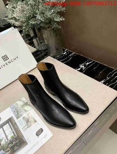 Givenchy Designer, Designer Shoes, Ankle, Boots, Fashion, Crotch Boots, Moda, Wall Plug, Fashion Styles