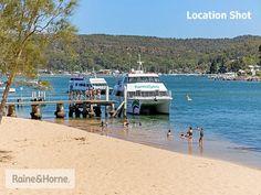 Ferry @ Ettalong Beach, NSW 2257