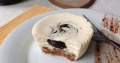 Česká verze amerického cheesecaku ... s tvarohem, povidly a skořicí.