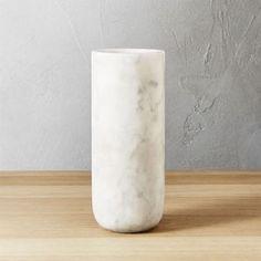 5 Simple and Impressive Tricks Can Change Your Life: Geometric Vases Planters metal vases shape.Cut Bottle Vases ceramic vases with flowers. Wooden Vase, Metal Vase, Ceramic Vase, Porcelain Vase, Chandeliers, Vase Design, Paper Vase, Home Decor Vases, Vase Crafts