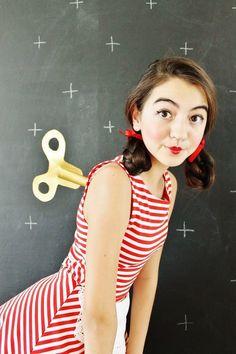 Wind-up Puppe mit Uhrwerk als Faschingskostüm-Make-Up Ideen