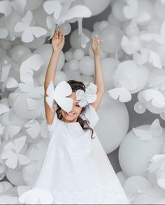 Фотосессия белые бабочки | white wedding photoset big balloons photozone