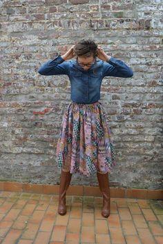 Jednostavna, široka, šarena suknja/ Simple, wide, colorful skirt