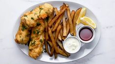 Try this fish and chips recipe for a satisfyingly fresh dish. Steak Recipes, Fish Recipes, Seafood Recipes, Dinner Recipes, Cooking Recipes, Brazilian Fish Stew, All Grain Brewing, Food Wishes, Tasty