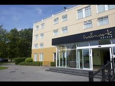 REVIEW-Manchester Airport Hallmark Hotel - video review http://www.youtube.com/user/HolidayExtrasTV