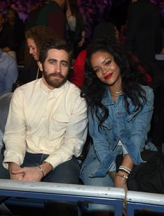 Rihanna and Jake Gyllenhaal sure do look good together!