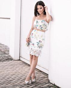 Bom diiiiaa quarta feira com cara de segunda!  já que a semana vai ser curtinha vamos aproveitar né?! Look deuso da @itemtres da nova coleção!  ph: @igoormelo #rafinhagadelha #ootd #look #pic #instagood #instafollow #lookdodia #photo #style #girl #joaopessoa #bloggers #fashion #picoftheday #summer #beauty
