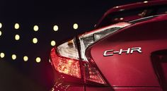 Toyota C-HR 2018, debut en el Auto Show Los Angeles - http://autoproyecto.com/2016/11/toyota-c-hr-2018-auto-show-los-angeles.html?utm_source=PN&utm_medium=Pinterest+AP&utm_campaign=SNAP