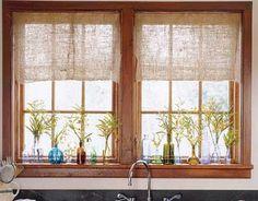 janela de madeira                                                                                                                                                                                 Mais