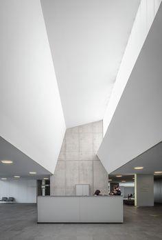 Gallery - D'olot i Comarcal Hospital / Ramon Sanabria + Francesc Sandalinas - 1