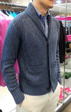 Best Mens Cardigan Fashion Ideas For Your Ideal Style Cardigan Outfits, Cardigan Fashion, Men Cardigan, Mens Knit Sweater, Knit Cardigan Pattern, Knitwear Fashion, Inspiration Mode, Pulls, Men Casual