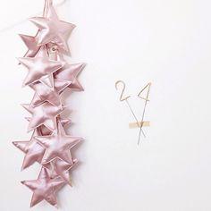 Mini stars garland Iridescent pink by @matao01260205