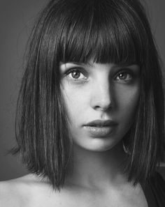 Curly Hair With Bangs, Bob Hairstyles For Fine Hair, Curly Hair Styles, Grey Hair Short Bob, Fine Hair Updo, How To Style Bangs, Hair Piece, Hair Cuts, Hair Beauty