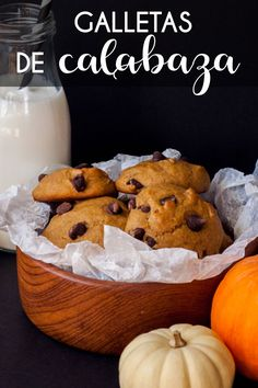 Pumpkin Cookies with Chocolate Chips Pumpkin Cookies, Pumpkin Dessert, Cookie Recipes, Dessert Recipes, Coconut Cookies, Pastry And Bakery, Cupcakes, Fondant Cakes, Chocolate Chip Cookies