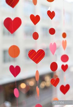 DIY Paper Heart Garland, Valentine's Day Garland for 2014, 2014 Lovers Day Decoration