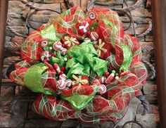 deco mesh wreaths for Christmas | ... focal point....this is what it looked like before I added the wreath