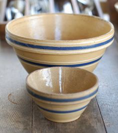 yellowware- used to eat Cheerios from these.. never tasted better