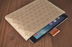 Beautiful Wood Sleeves For iPad & MacBook By Grovemade - UltraLinx