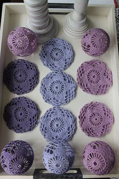 stefania perissinotto's media content and analytics. Crochet Leaf Patterns, Crochet Leaves, Christmas Crochet Patterns, Crochet Snowflakes, Tatting Patterns, Crochet Flowers, Crochet World, Crochet Home, Crochet Gifts