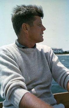 """america-runs-on-kennedy: """" John F. Jackie Kennedy, Les Kennedy, Robert Kennedy, Senator Kennedy, Jaqueline Kennedy, American Presidents, Us Presidents, Die Kennedys, Roi George"""