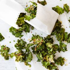 A healthier WW recipe for Parmesan and chilli kale chips ready in just Get the SmartPoints value plus browse other delicious recipes today! Kale Chip Recipes, Ww Recipes, Delicious Recipes, Yummy Food, Healthy Recipes, Ww App, Light Snacks, Kale Chips, Vegetarian Cheese
