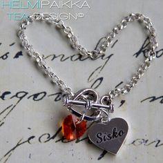 Käsikoru sydänlukolla, Sisko sydänamuletilla ja oranssipinkillä Swarovskin kristallisydämellä <3