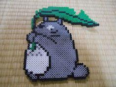アイロンビーズ - のんのんBLOG Totoro, Pixel Beads, Fuse Beads, Pearler Bead Patterns, Perler Patterns, Perler Bead Art, Perler Beads, Bead Studio, Anime Pixel Art