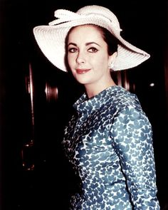 Elizabeth Taylor, circa.1964