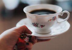 But first coffee. W Szwecji nie pije się na filiżanki tutaj pije się kawę litrami. Czasami mam wrażenie że nie pije się nic innego. Serio spróbuj odmówić Szwedowi napicia się razem kawy...  A jak jest u Was? Kawa czy herbata? A może coś innego?