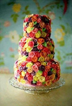 Cake flowers.... When I was little my mom would make my cakes and instead of a design , all I wanted was buttercream roses oh my