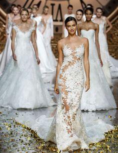 Barcelona Bridal Week: así serán las novias de 2016: http://www.marie-claire.es/moda/bodas/fotos/barcelona-bridal-week-tendencias-novias-2016/intro26