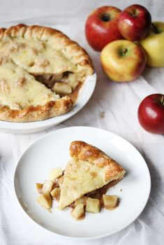 """cheesey apple pie"" gruyere cheese in the crust, granny smith apples in the filling"