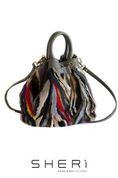 Secchio - Borsa Visone multicolor - Collezione Jolie Vuoi ricevere il 50% di sconto per questa #borsa? L'offerta scade il 28 febbraio. Cosa aspetti? Chiedi il prezzo in privato su Facebook o scrivici a info@sheri.it www.sheri.it #SHERì #fur #fashion #multicolour #style #furbag #MadeInItaly