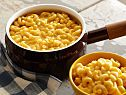 Stove Top Mac-n-Cheese Recipe by Robert Irvine! Super easy recipe! Can't wait to try it!! ❤️