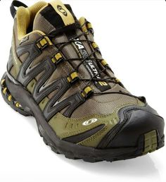 The Salomon XA Pro Ultra CS WP trail-running shoes handle all-terrain running, thanks to aggressive traction, waterproof protection and responsive support. Best Trail Running Shoes, Trail Shoes, Hiking Shoes, Running Tips, Me Too Shoes, Men's Shoes, Shoe Boots, Shoes Men, Puppy Backpack