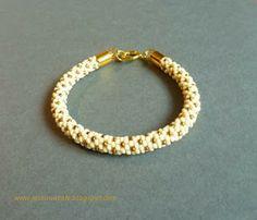Bead crochet bracelet, white and gold