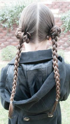 Braid Embellishment with Instructional Video @ Princess Piggies.tons of cute hair styles! Everyday Hairstyles, Down Hairstyles, Cute Hairstyles, Braided Hairstyles, Princess Hairstyles, Little Girl Hairstyles, Friday Film, Twin Braids, Crazy Hair Days