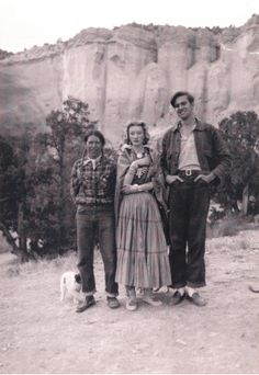 I have always been intrigued by Millicent Rogers and the Taos culture.  When I went back to New Mexico to study the Pueblos in 2010, I rented a car and drove up to visit the Millicent Rogers Museum.  I loved her velvet jackets and broomstick skirts and wish mom was there to see her wondrous taste.