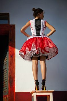 Mint a Mátka Kollekció 2017 - Bélavári Zita Couture Folk Costume, Costumes, Hungarian Girls, Maid Dress, Dress For You, Fashion Beauty, Ballet Skirt, Retro, Skirts