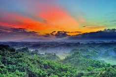 Sunset/sunrise in Taiwan  by Hsiung/d6478coke, via Flickr