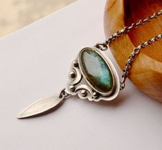 Elvish Style Labradorite Necklace Metalsmithed by EONDesignJewelry