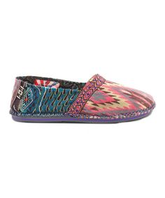 Take a look at this Pink Desert Lights Hicky Slip-On Shoe by TigerBear Republik on today! Cute Casual Shoes, Colorful Shoes, Sports Shoes, Slip On Shoes, Me Too Shoes, Calves, Shoe Boots, My Style, Stylish