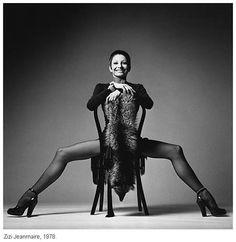 Zizi Jeanmaire en YSL Jeanloup Sieff: Portraits Celebrity Portraits, White Fashion, Fine Art Photography, Fashion Photography, Work In New York, Jean Loup Sieff, Paris Opera Ballet, Vogue, Fashion Music